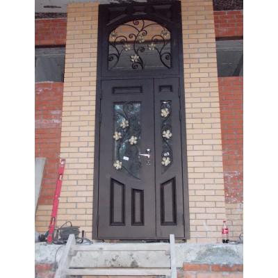 Дверь с цветами